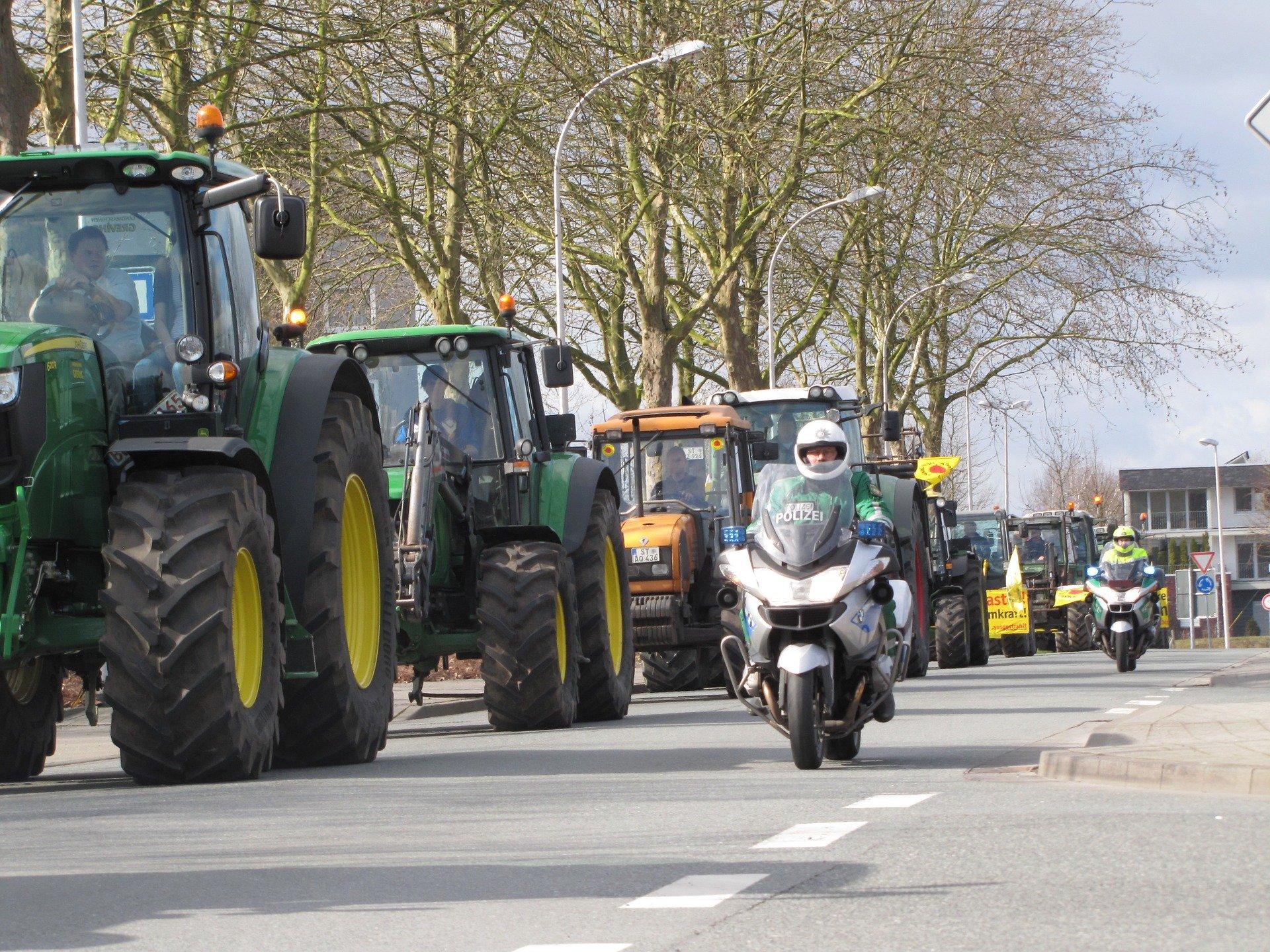 Treckerdemonstration in der Grafschaft Bentheim - EGN SZ